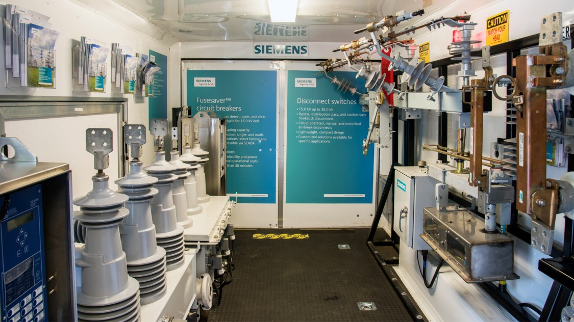 Siemens mobile power distribution trailer