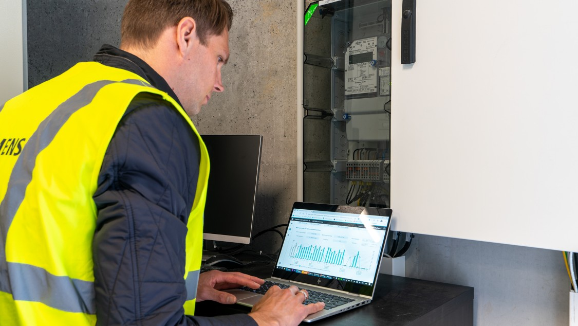 SENTRON powermind im mobilen Einsatz im Seehafen Kiel