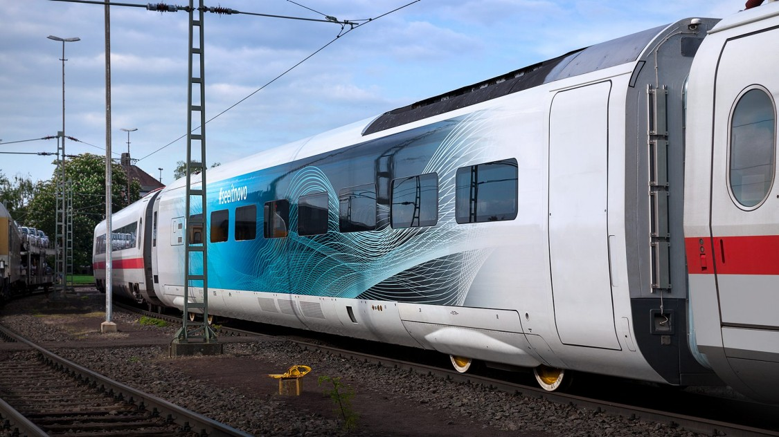 Test car of the Velaro Novo in use coupled between existing train cars