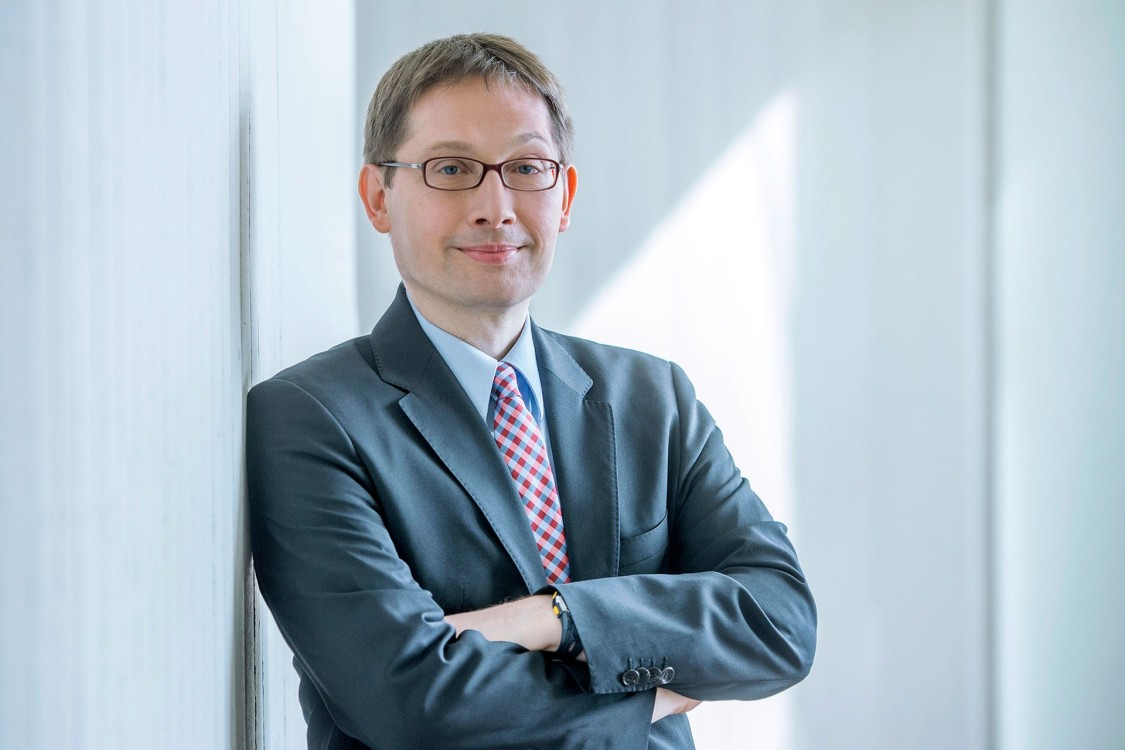 Mr Matthias Grossmann