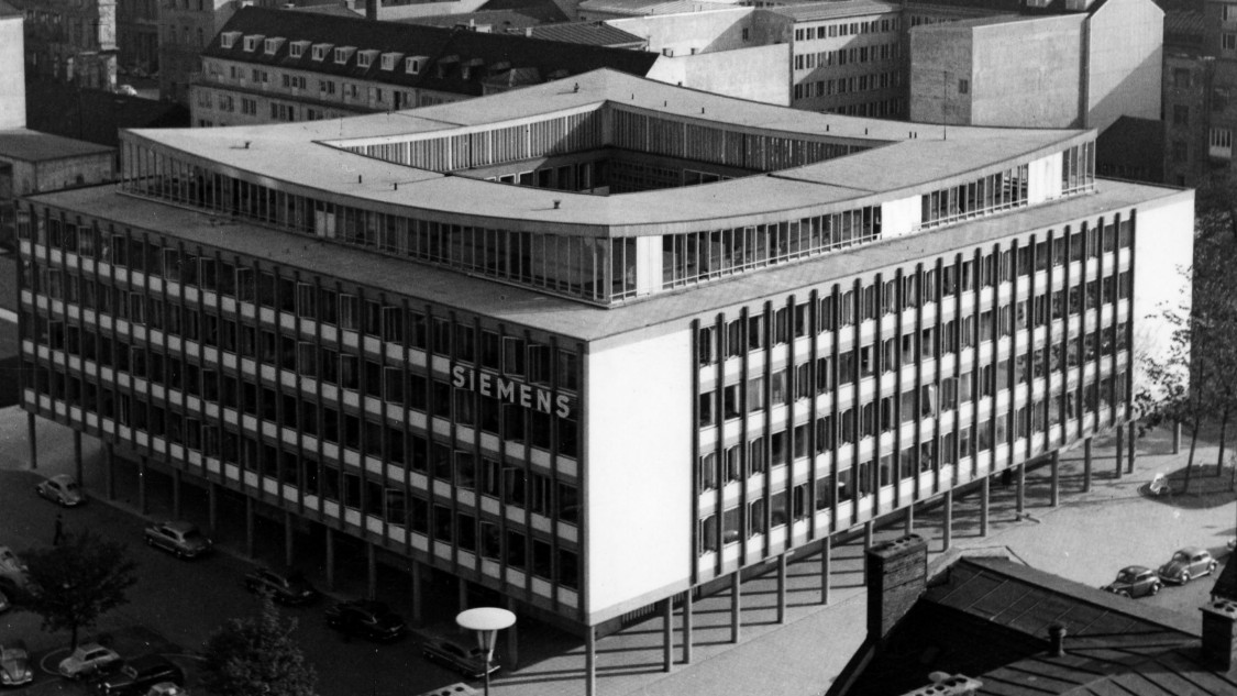 Elegant design – expansion of corporate headquarters in Munich, 1958