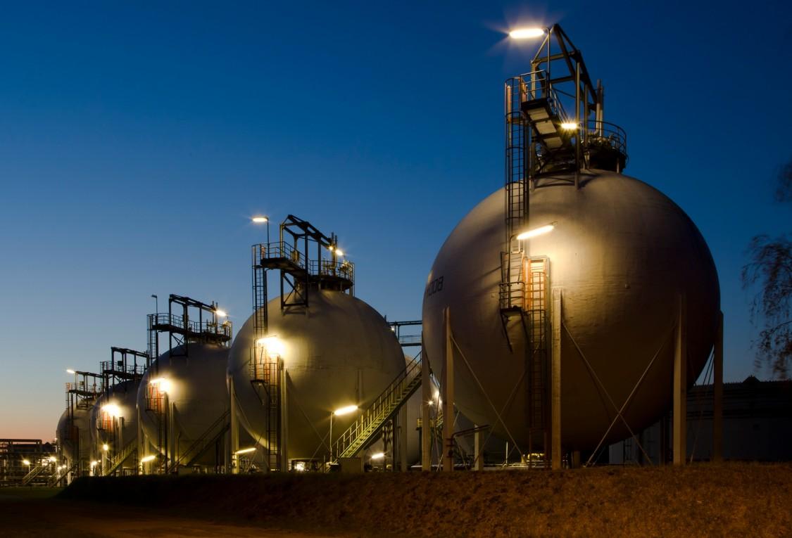 エムスランド、リンゲンの貯油施設