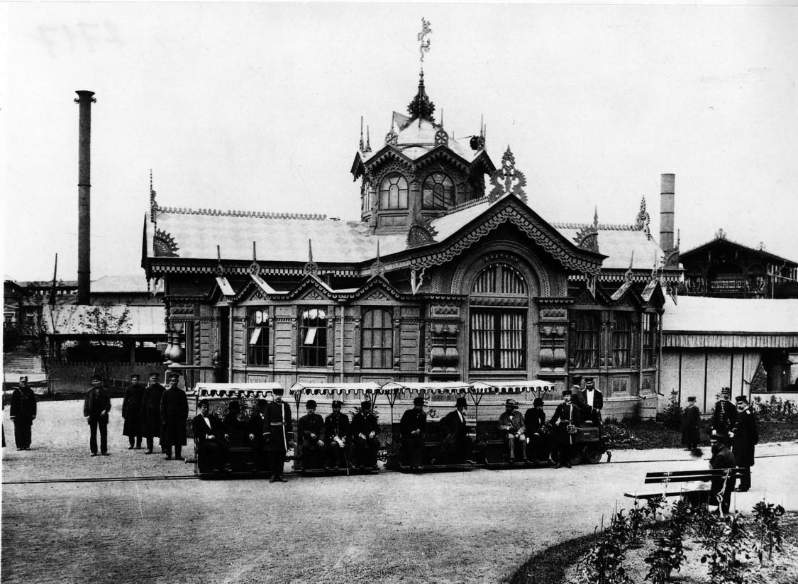 Moderne Elektrotechnik als Vergnügen – Zar Alexander III. und seine Begleiter testen anlässlich der Moskauer Industrie- und Kunstausstellung Siemens-Technik, 1882