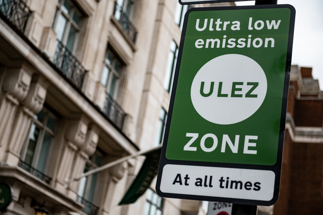 ULEZ sign in London