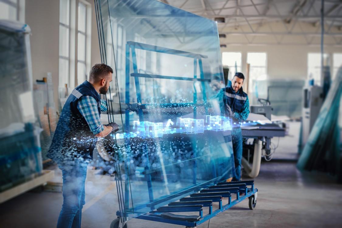Der digitale Zwilling auf Basis des Digital Enterprise Portfolios von Siemens verschafft Glasveredlern mehr Transparenz und Effizienz.