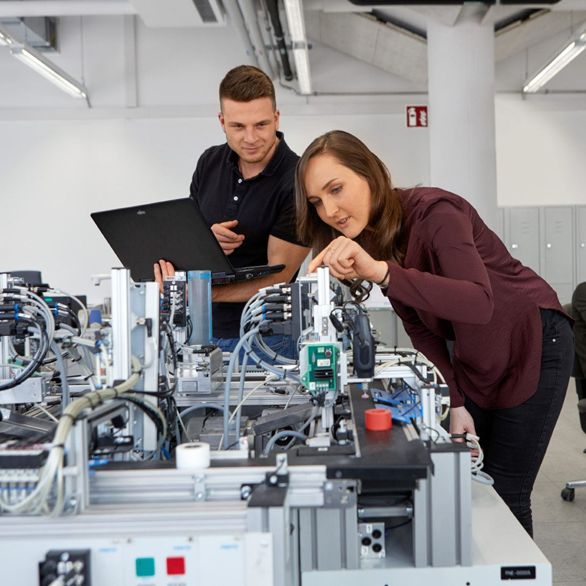Apprenticeships And Dual Study Programs At Siemens Careers At Siemens Siemens Jobs Careers Global