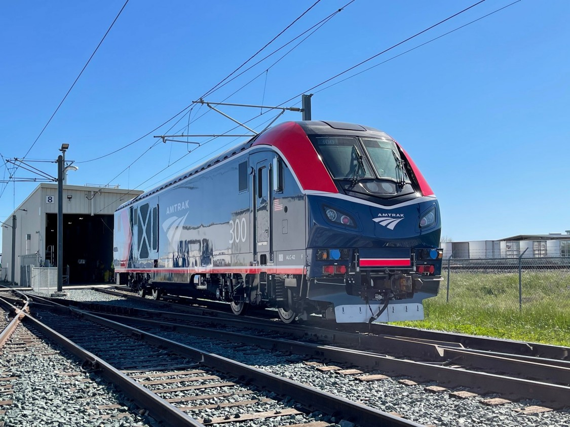 Picture of ALC-42 Charger – Amtrak Long Distance Locomotive