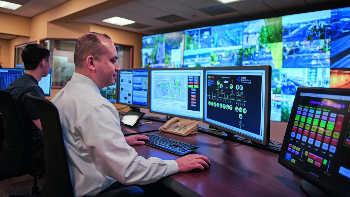 Traffic control centre platform