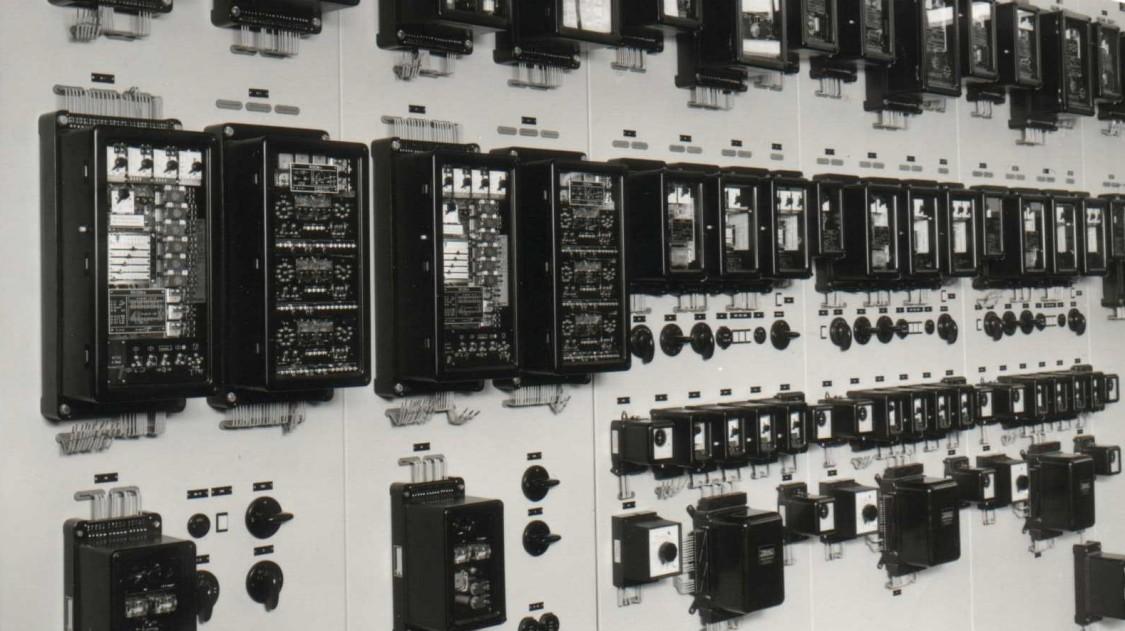 Retrofit services for energy automation