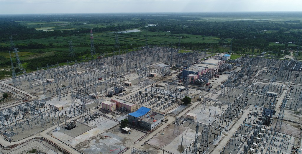 The picture shows a bird's eye view of the Bherama HVDC Back-to-Back Link, connecting India and Bangladesh's power grids.