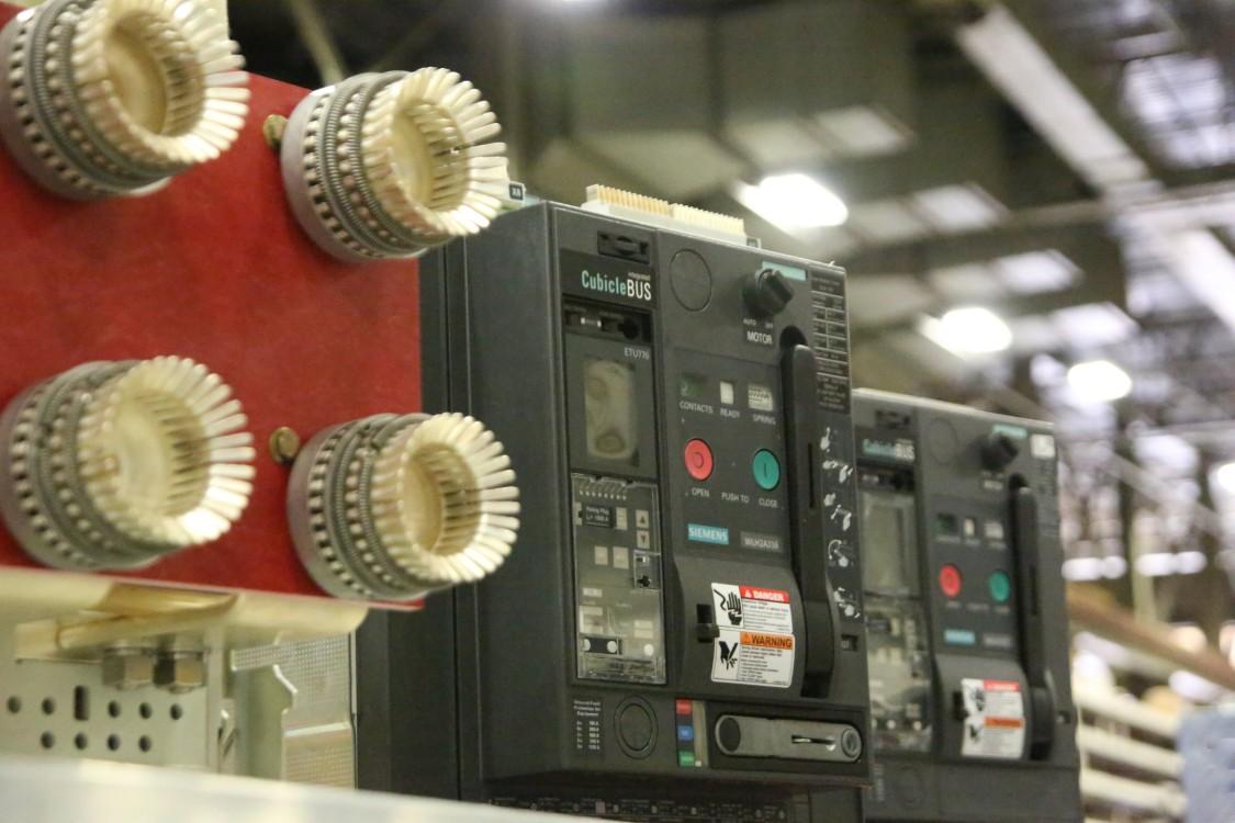 Siemens low-voltage circuit breakers