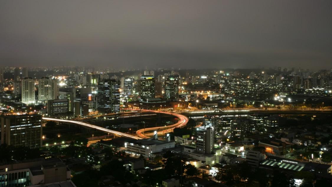Siemens, şehirlerdeki hava kirliliği düzeyini birkaç gün öncesinden tam olarak gösterebilen yeni bir yazılım geliştirdi.