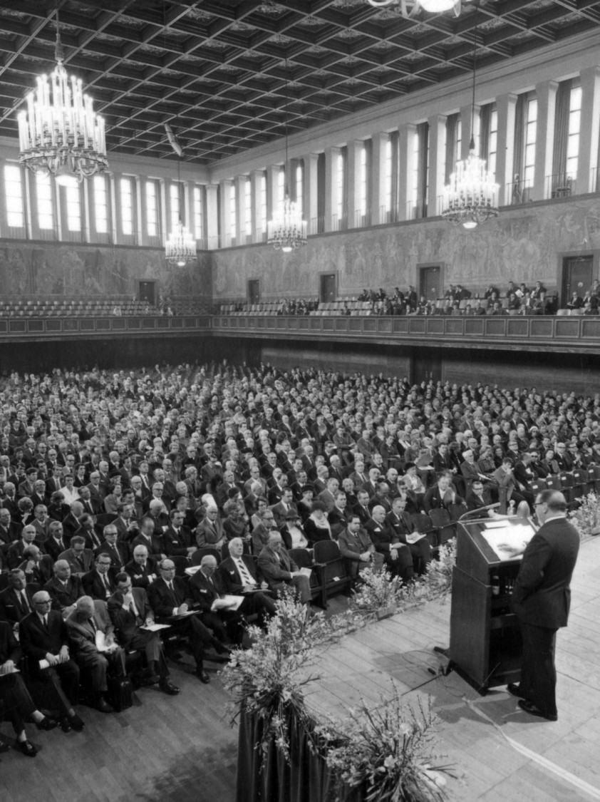 Siemens Annual Shareholders' Meeting, 1969