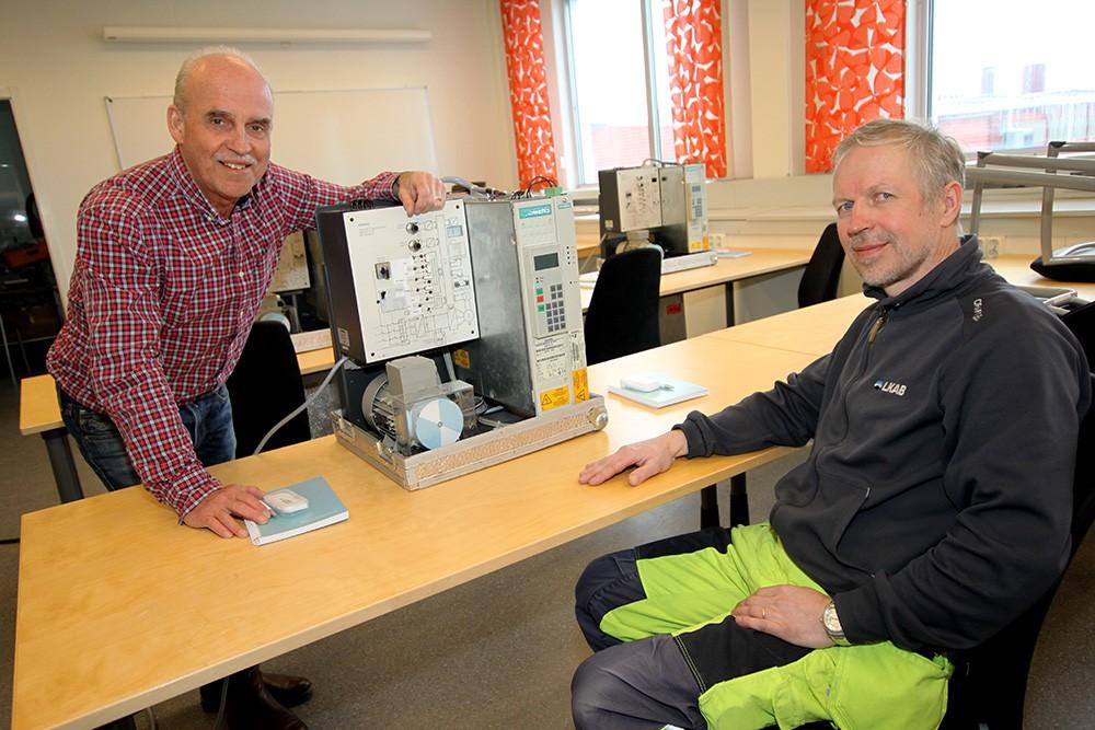 Lennart Holmer, produktspecialist på Siemens, och Jan Nilsson, underhållsplanerare för elkraft på LKAB.