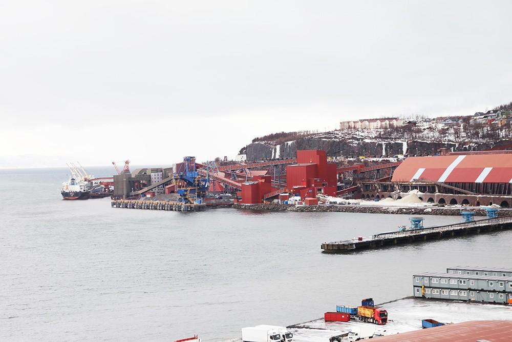 LKAB:s hamn i Narvik har kapacitet för närmare 20 miljoner ton järnmalm per år.