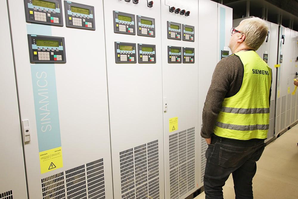 Siemens projektavdelning bytte ut drivsystem och driftstyrning till moderna AC- och DC-drifter med integrerad säkerhet.