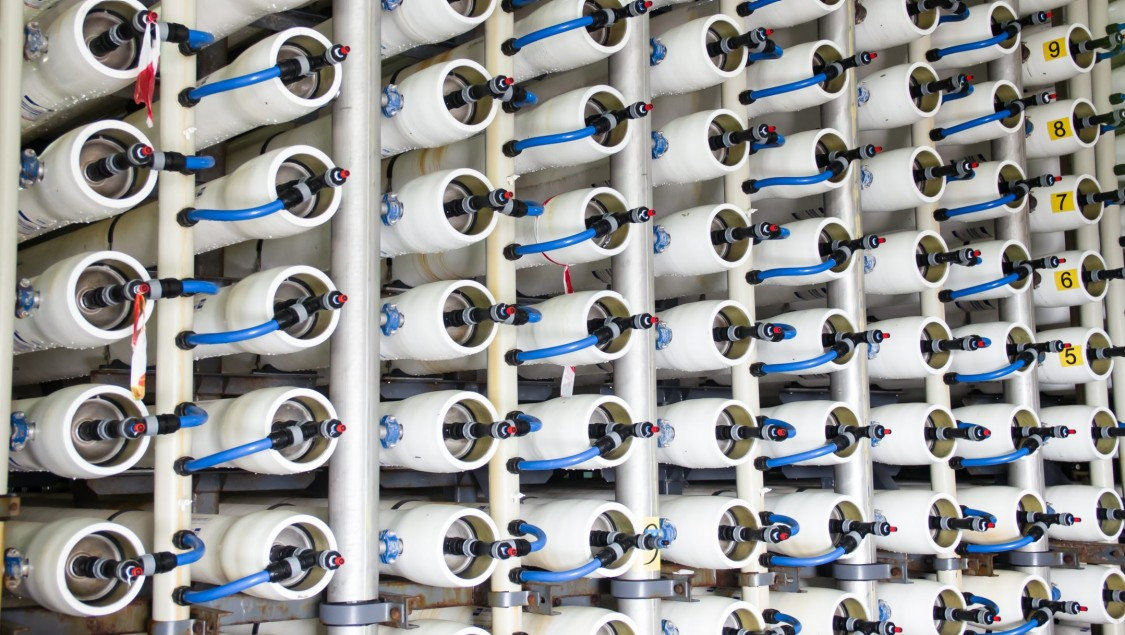 Optimizing seawater reverse osmosis plants