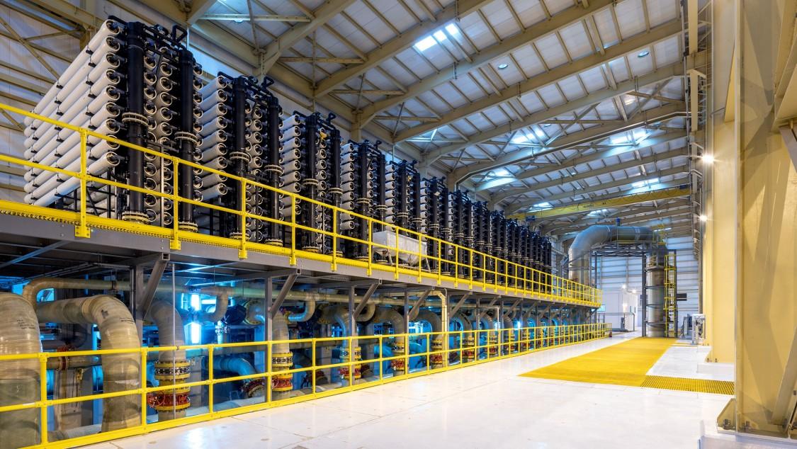 Elektro-, Automatisierungs- und Instrumentierungspakete für solarbetriebene Entsalzungsanlage