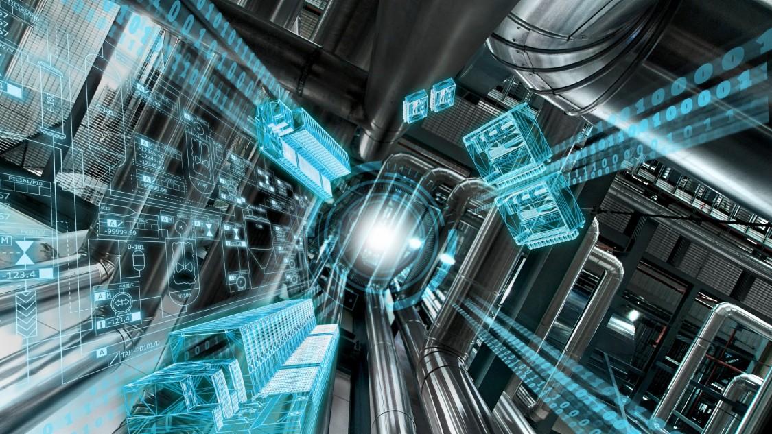 Eine Anlage von unten nach oben fotografiert, symbolisiert wie das Prozessleitsystem SIMATIC PCS7 V9.0 Raum für neue Perspektiven eröffnet, indem es eine Digitalisierung bis in die Feldebene ermöglicht – visualisiert über einen blauen digitalen Layer.