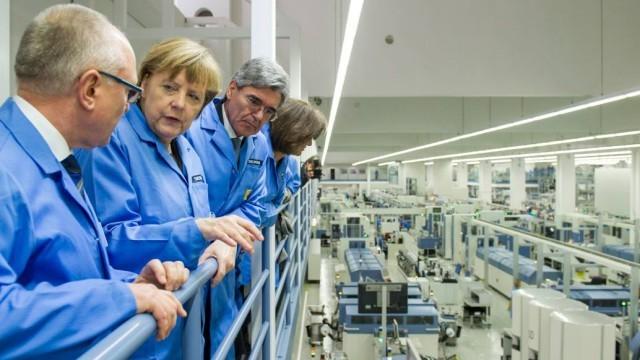 Siemens ve Hükümetle İlişkiler