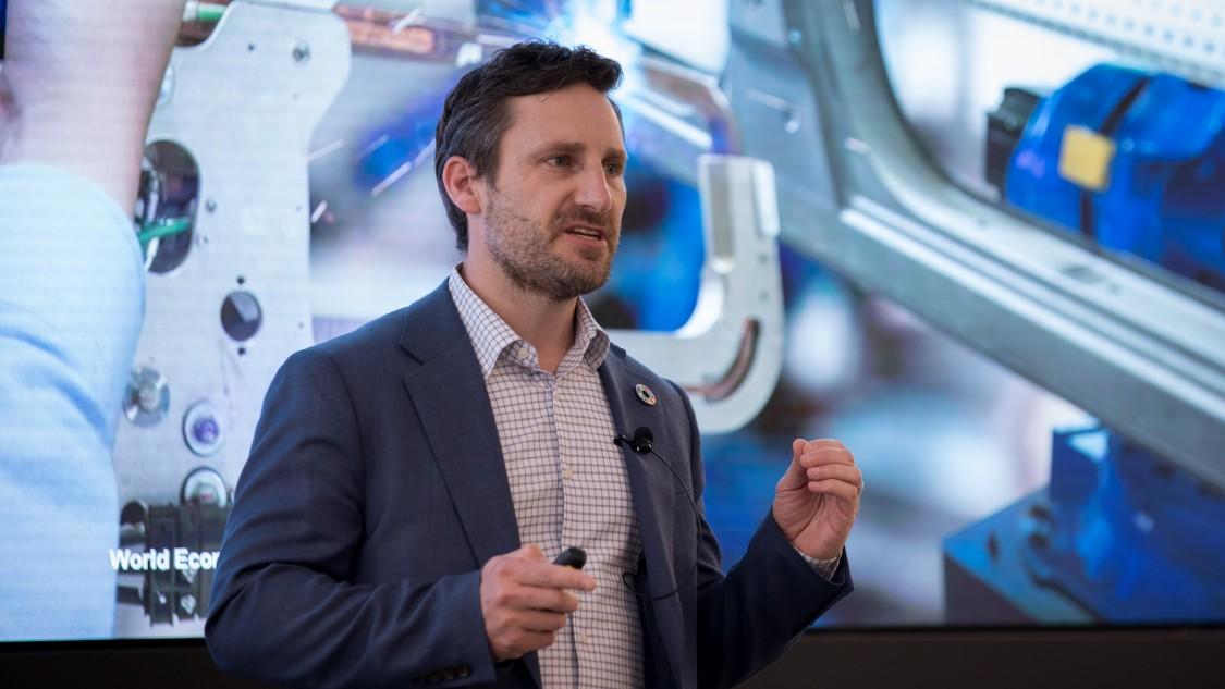 Jeff Merritt bei einer Präsentation über die digitale Revolution