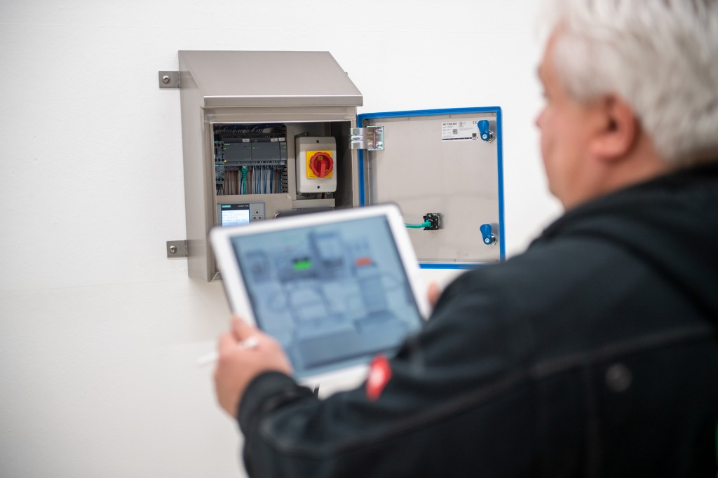 Due to the many benefits Logo! 8 has to offer it is no surprise that Mohn has made this Siemens controller the control standard on all its systems.