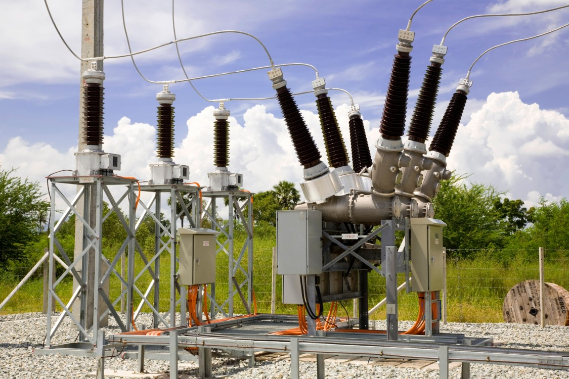 Circuit breakers | Transmission Products | Siemens