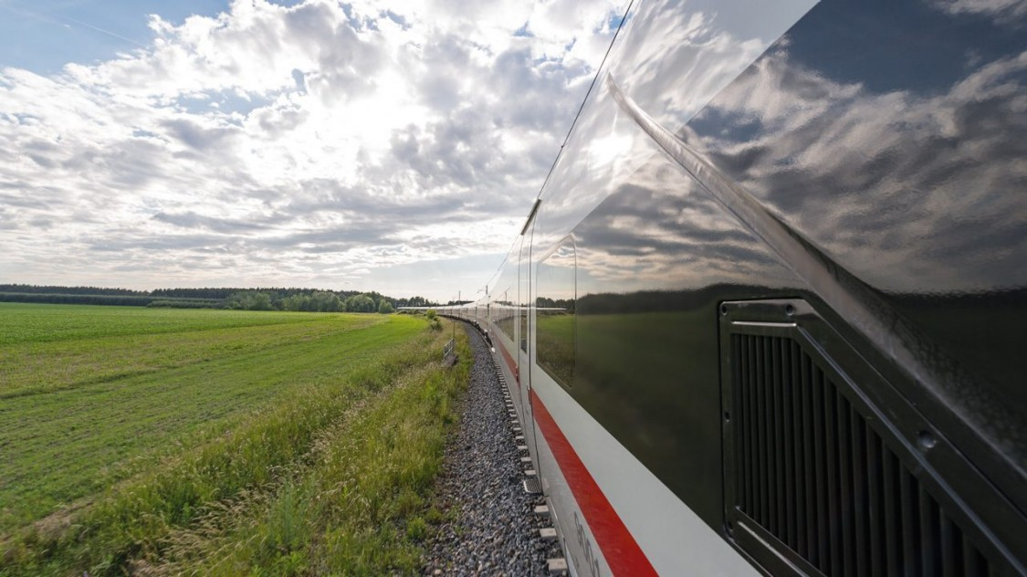 ICE 4 | High-speed and Intercity trains | Siemens