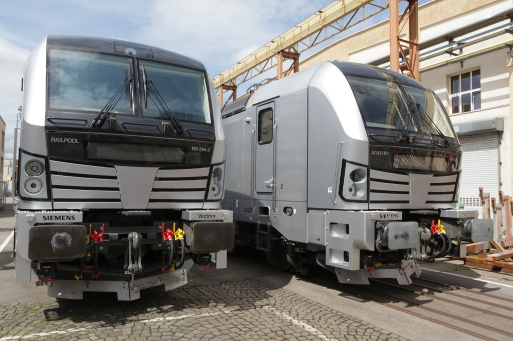 In the picture: Vectron for Railpool at the Siemens' manufacturing plant in Munich-Allach, Germany, prior to handover