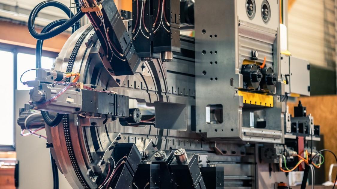 High-speed slide machine