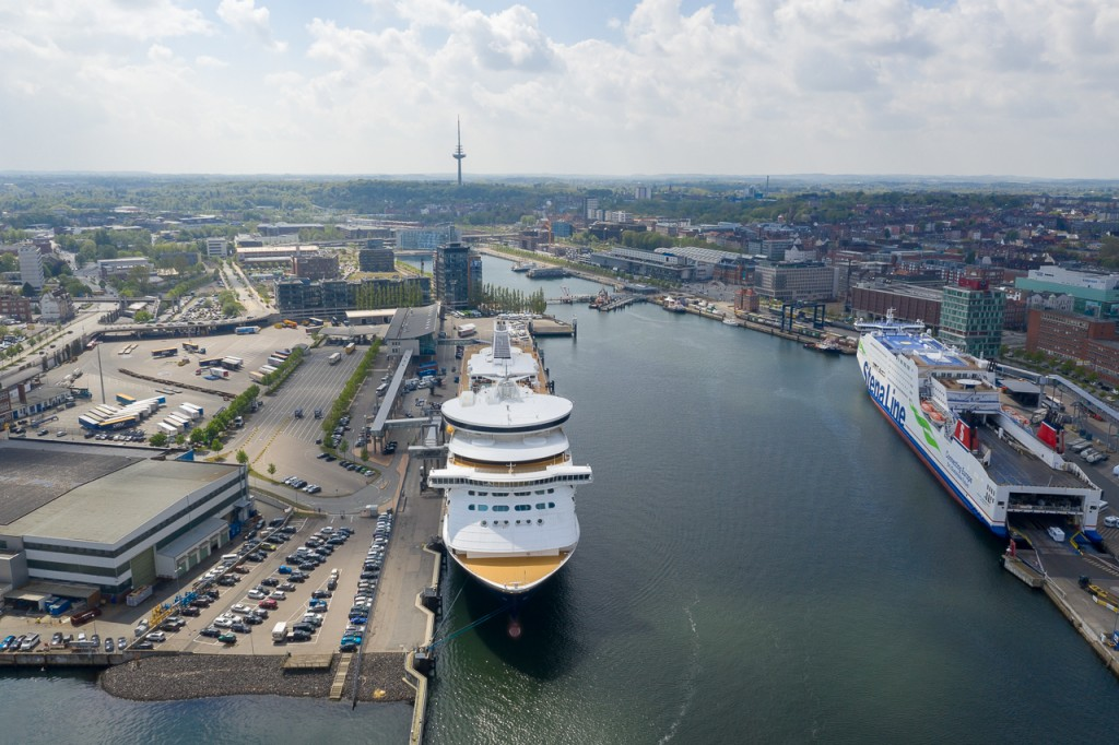 Siemens adds cloud-based power monitoring to Port of Kiel's shore power system