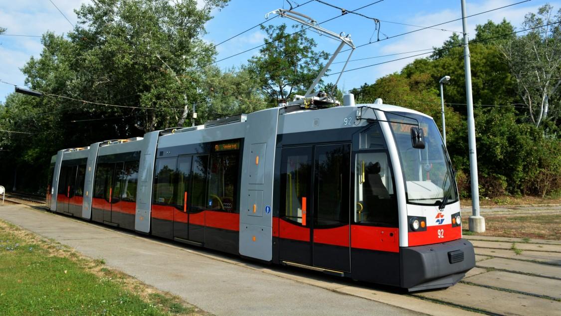 332 ULFs rollen durch Wien