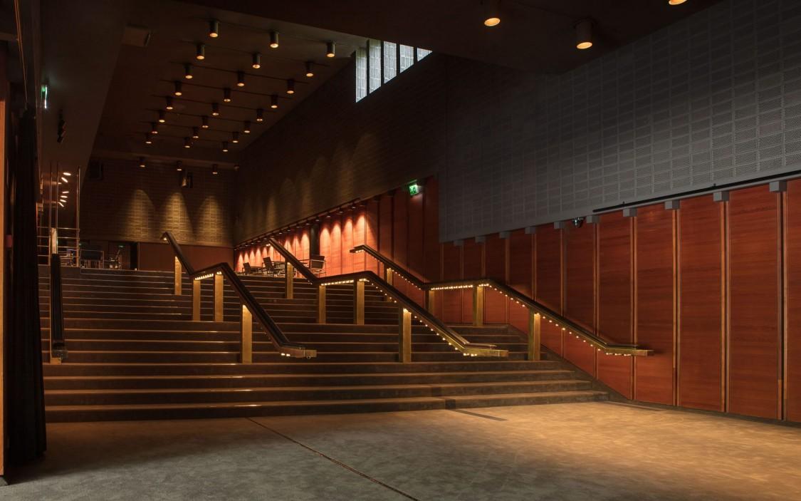Helsingin Kaupunginteatterin Pienen näyttämön lämpiö