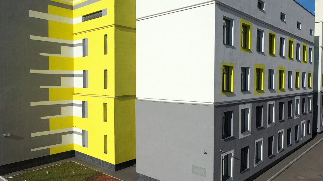 «Інтелектуальна» будівля гімназії «Інтелект»