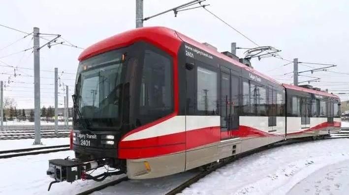 S200 veículo leve sobre trilhos de piso alto, Calgary, Alberta