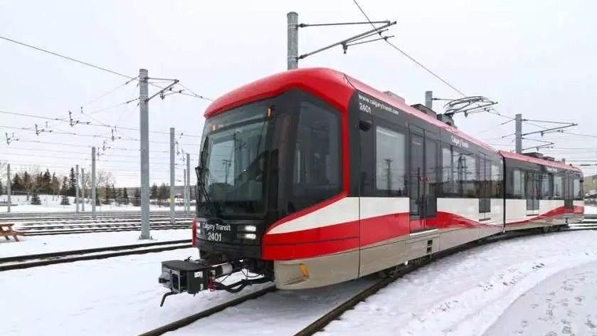 63 Hochflurfahrzeuge für Calgary