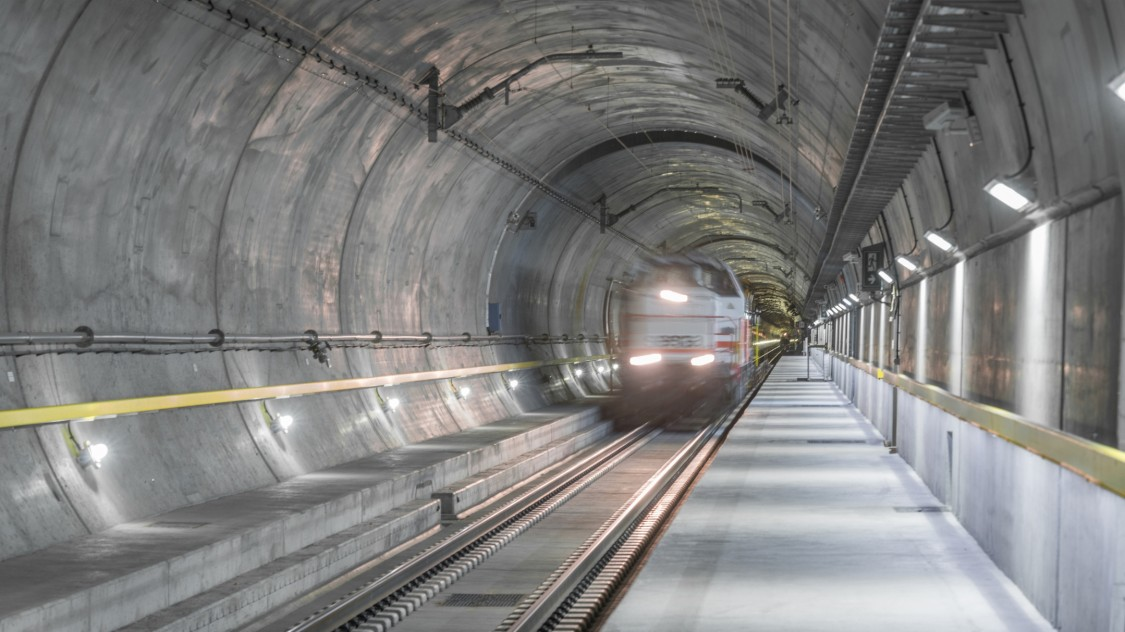 FibroLaser in Eisenbahntunneln