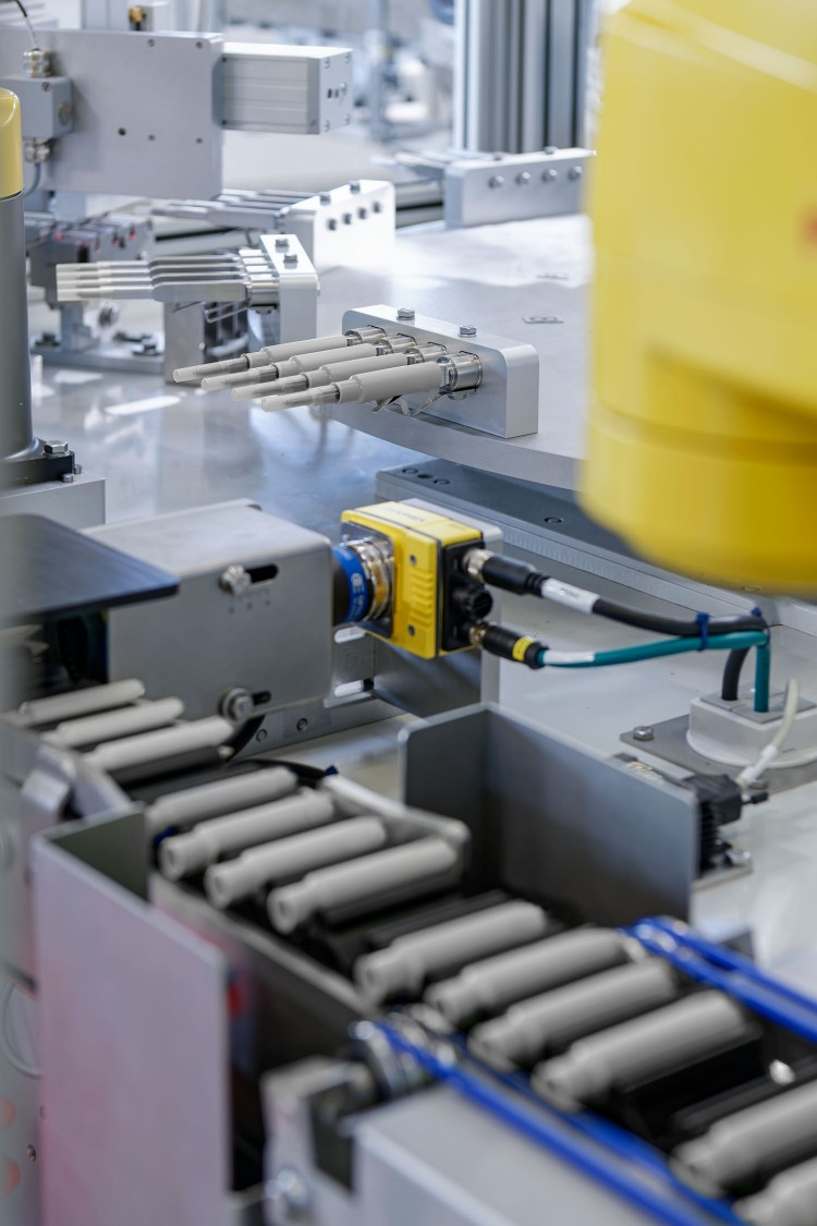 With its biggest machine to date, Ruggli AG covers the entire production process for tampons with applicators.