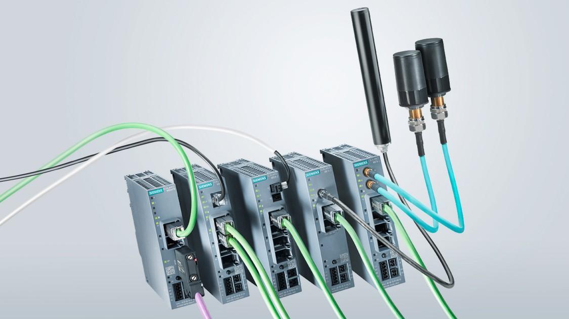 Bild von Industrie-Routern der SCALANCE M-Familie
