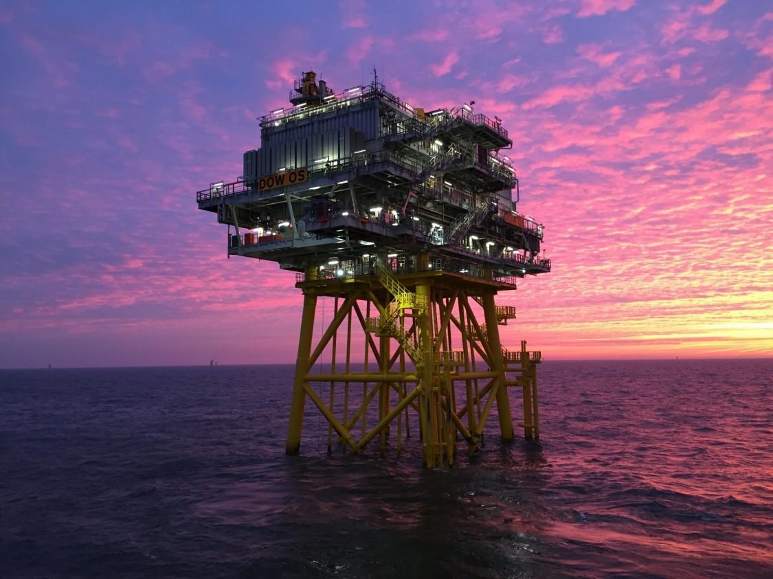 Подключение морских ветровых электростанций и берегового энергоснабжения (нефтегазовые платформы)