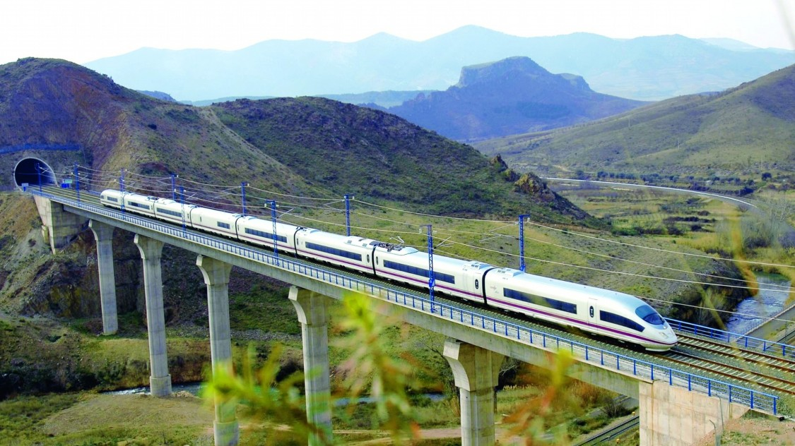 Pociągi Velaro E w Hiszpanii