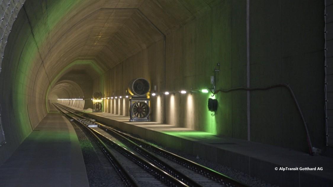 Ceneri Basistunnel von innen