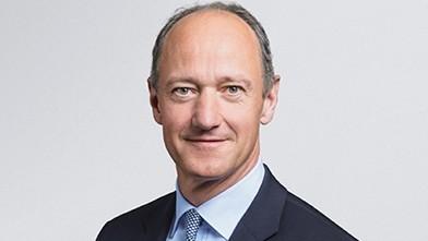 Dr Roland Busch