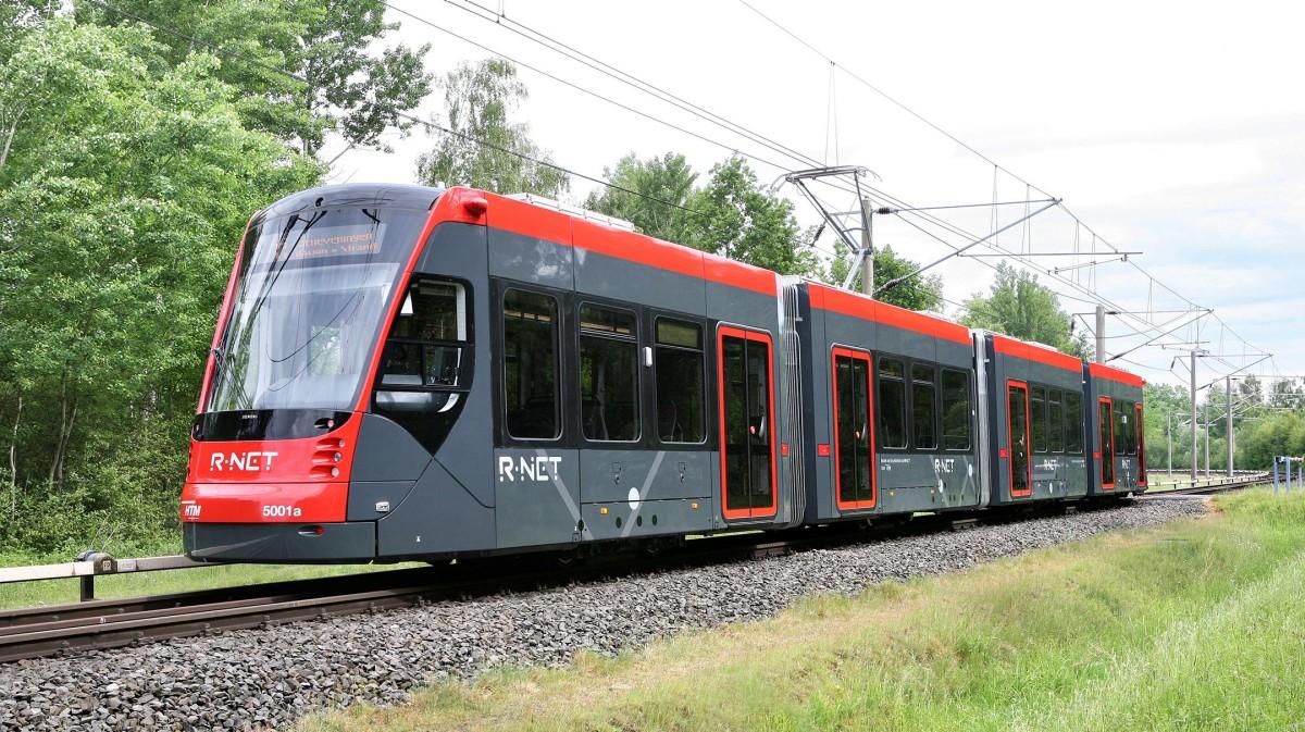 Erste Straßenbahn Avenio nimmt in Den Haag Betrieb auf – insgesamt 60 Avenios bestellt
