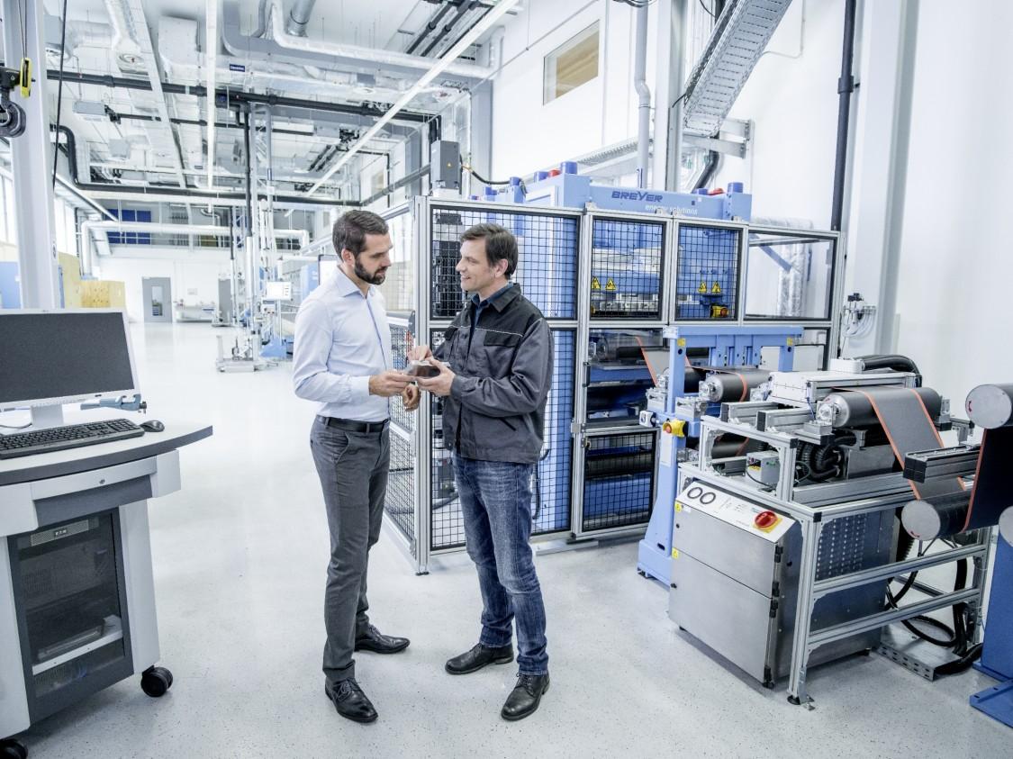 Erfahren Sie in der Webinar-Reihe, wie Batterieherstellung und -recycling vom Digital-Enterprise-Portfolio profitieren