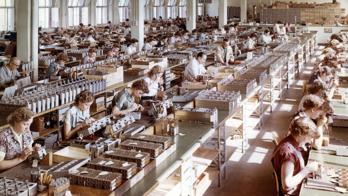 Production at the Munich Hofmannstraße location, 1966