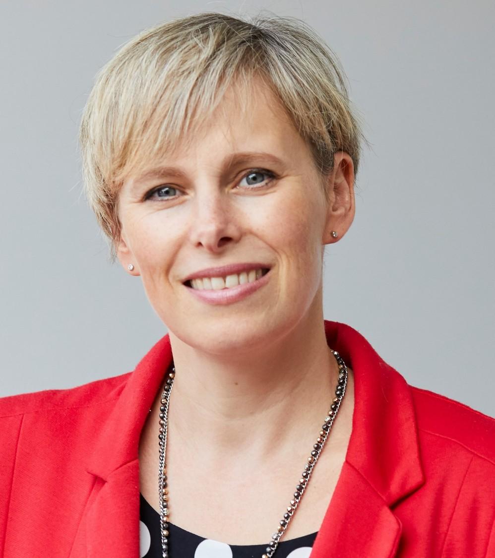 Harriet Padina, Siemens plc