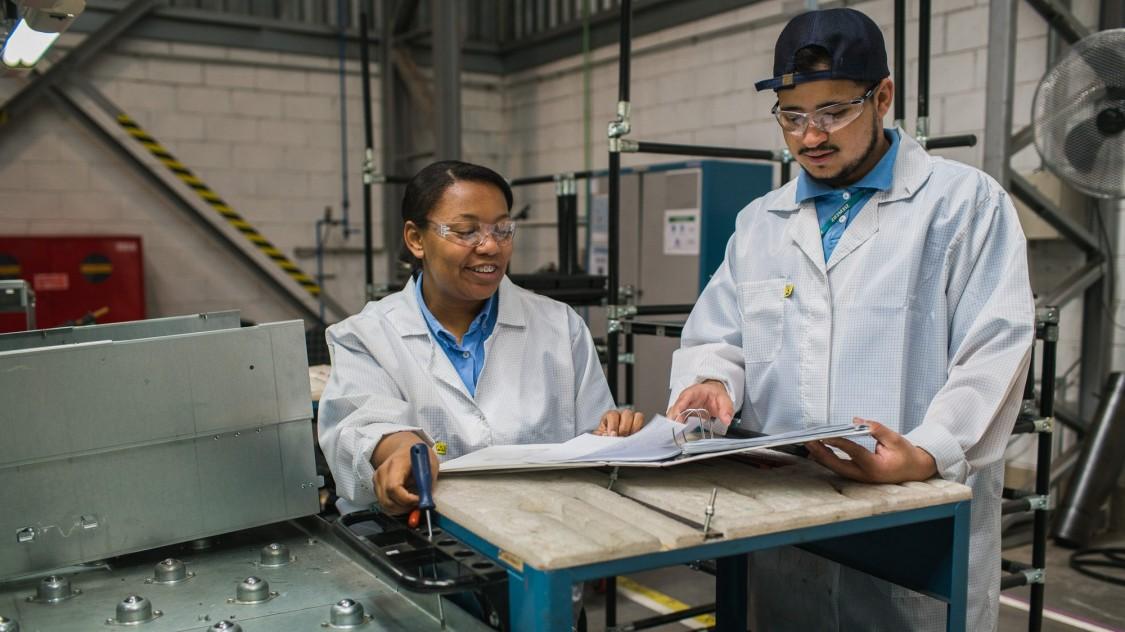 Arbeitnehmerinnen bei Siemens
