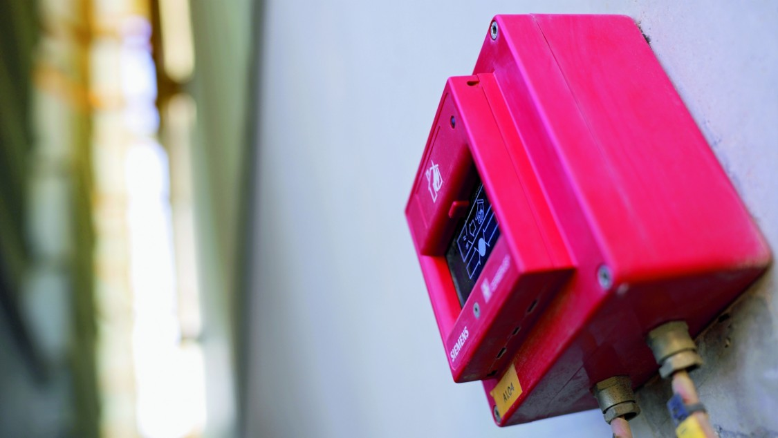 Red fire detector