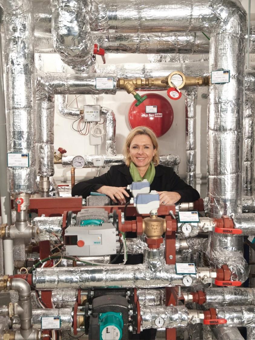 Michaela Reitterer no sistema de automação predial do seu hotel sustentável em viena